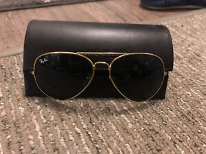 REAL!! RAY BAN Aviator sunglasses in GOLD METAL