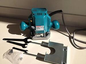 Makita Plunge Router 3620, 1000W Hornsby Hornsby Area Preview