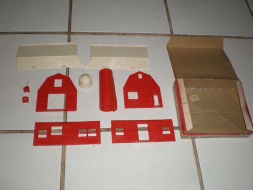 Vintage 1960s O Scale Plasticville Red White Barn &Silo Building Original box