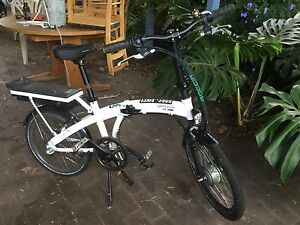 Bike folding electic new condition. Albany Albany Area Preview