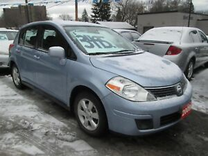 2009 Nissan Versa ONLY 156,000 KLM'S. - 5 SPEED!