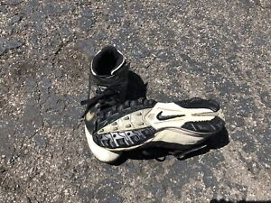 894b1547dad9 Nike Football Cleats Size 9.5 Men