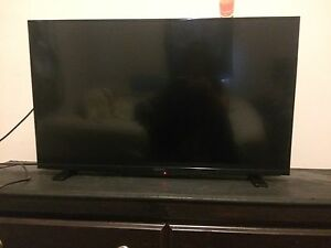 39 inch Flat Screen Tv.