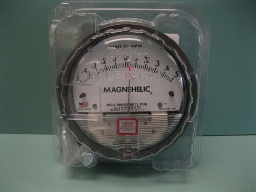 Dwyer 2301 Magnehelic Differential Pressure Gauge NEW R4 (2948)