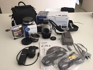 Olympus Pen Lite E-PL5 with lots of EXTRAS! East Cannington Canning Area Preview
