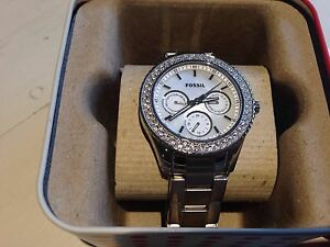 Fossil Women's Watch, pearl face cubic zirconia diamonds Spotswood Hobsons Bay Area Preview