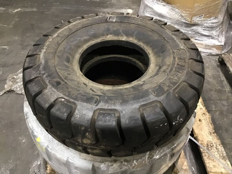 7.500-10 Titan 12 Ply Traction Forklift Tire #T362