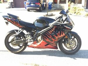 600 CBR 2002 end of season deal!! Firm price!!