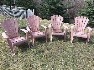 Plastic patio chairs $40