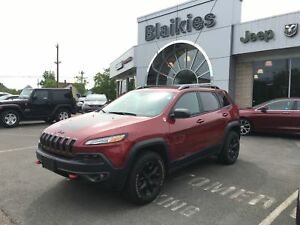 2017 Jeep Cherokee T Trailhawk | 4x4 | HEATED SEATS | BACK UP CA