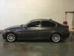 2006 BMW 330xi / FULLY LOADED / LOW KM