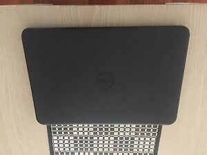 Dell laptop Warners Bay Lake Macquarie Area Preview