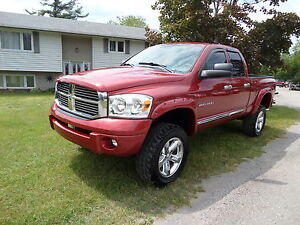 2007 DODGE RAM 1500 4X4 HEMI - 140,000 KM ONLY $15,990.