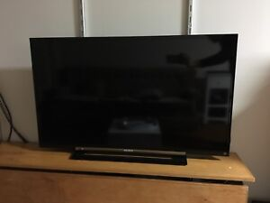 Sony TV for sale 40""