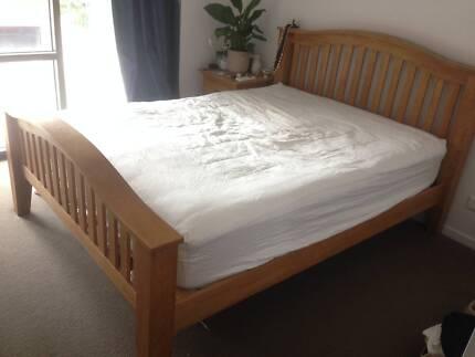 5 Piece Bedroom Suite + Queen Mattress
