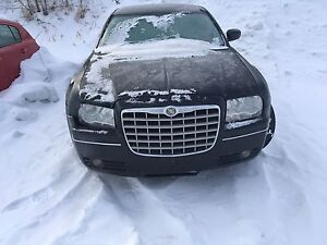 Chrysler 300 2006 - parting out