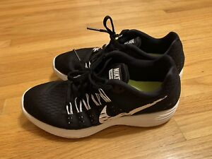 Nike Women running shoes for sale