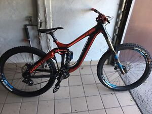 Giant Glory Advanced Carbon MTB Downhill MTB