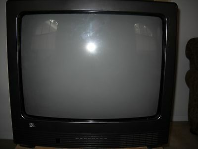 """Sears Lxi 25"""" Diagonally Ctr Color Cathode Ray Tube TV with Remote"""