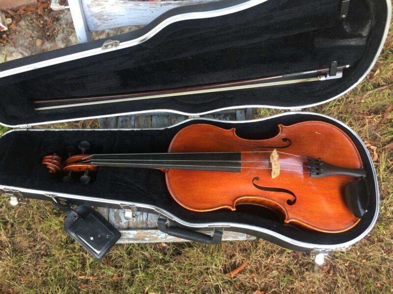 "NICE Frederick A. Strobel MA-85 16.5"" Viola / Case / Glasser Bow"