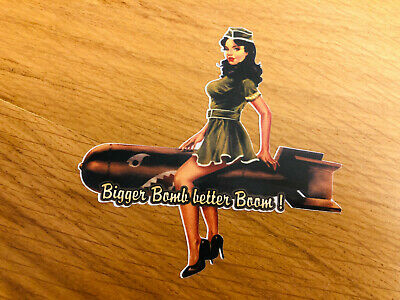 BIGGER BOMB BETTER BOOM Aufkleber Sticker Pin Up Girl Sexy Custom USA NOS-0036 (Aufkleber Custom)