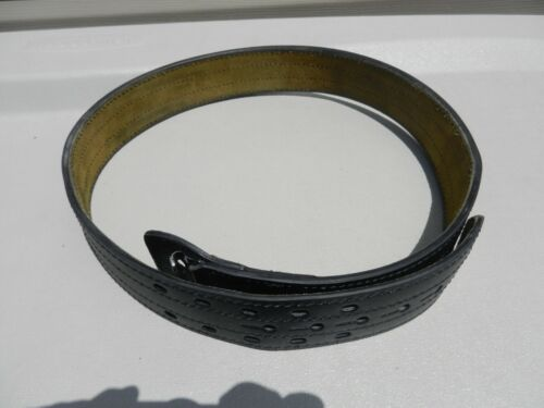 """Used Safariland 87 Black leather Duty Belt Size 40 No Buckle 2 1/4"""" Wide"""