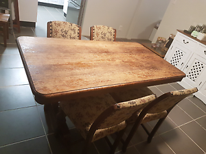 Dining Set - 5 Piece McGraths Hill Hawkesbury Area Preview