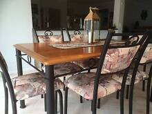 Dining Table & chairs Glen Alpine Campbelltown Area Preview