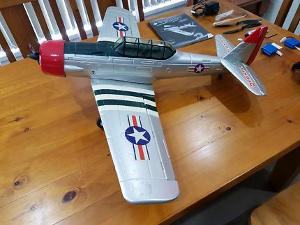 Venom 4CH Electric R/C Airplane