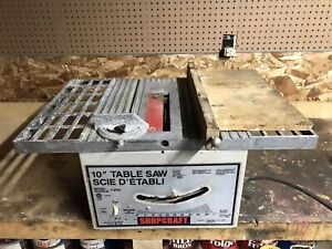 Small, lightweight table saw