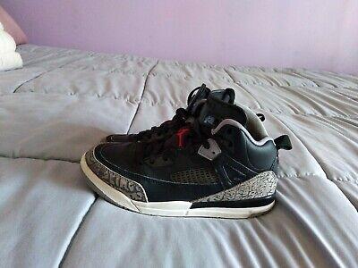 Air Jordan Spizike Black Varsity Red-Cement Grey Boy's Basketball Shoes Size 3Y