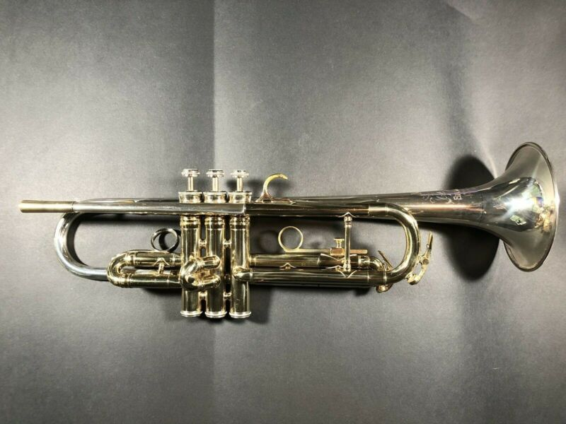 King Trumpet Super-20 SilverSonic Symphony Dual Bore. Sterling Silver Bell.