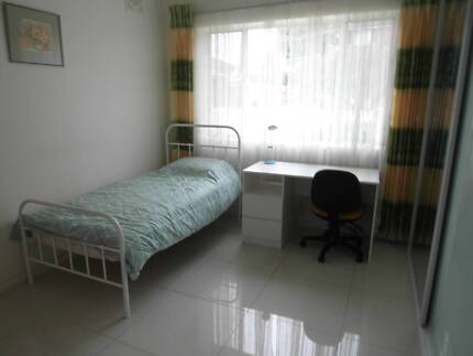 ......EASTGARDENS ......FULLY FURNISHED ROOM WITH OWN BATHROOM