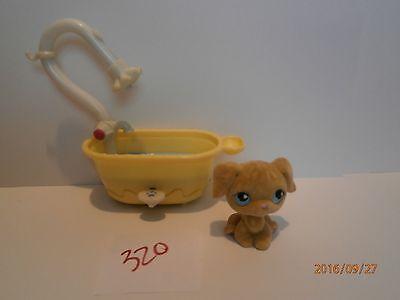 Littlest Pet Shop LPS #320 Fuzzy Golden Retriever Blue Eyes Plus Dog Bath/Shower