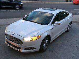 Ford Fusion SE-Fully Loaded-Camera-Navigation-Sunroof-Lether