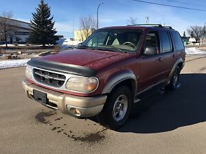 2000 Ford Explorer Eddie Bauer Edition 5.0L AWD