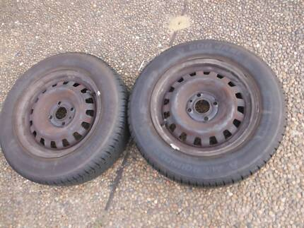 Holden Astra ts 14 inch 4 stud pair of wheels.