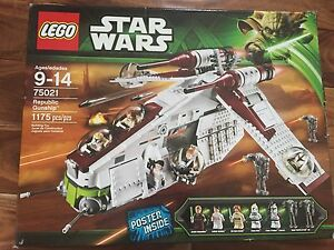 Star Wars lego, republic gunship. Mint condition.