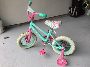 Vélo 12'' pour fillette (2-4 ans)
