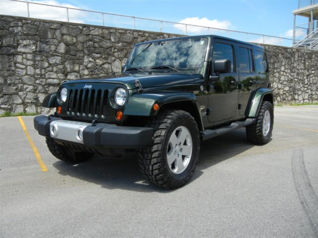 2011 jeep wrangler unlimited clean leather hardtop used jeep wrangler for sale in. Black Bedroom Furniture Sets. Home Design Ideas