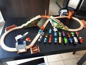 Thomas & Friends Wooden Railway Track and Trains !!!!