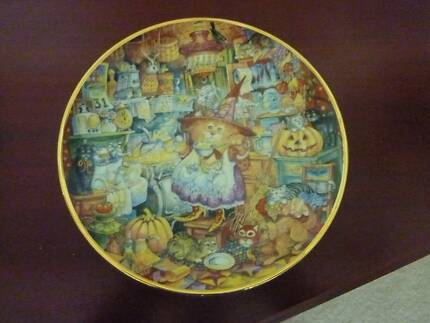 """Franklin Mint Plate """"Scardey Cats"""""""