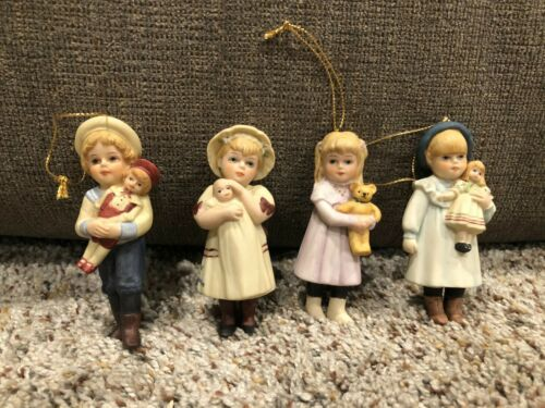 Jan Hagara Porcelain Christmas Ornaments, Lot of 4