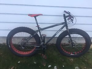 Surly Moonlander Fat Bike