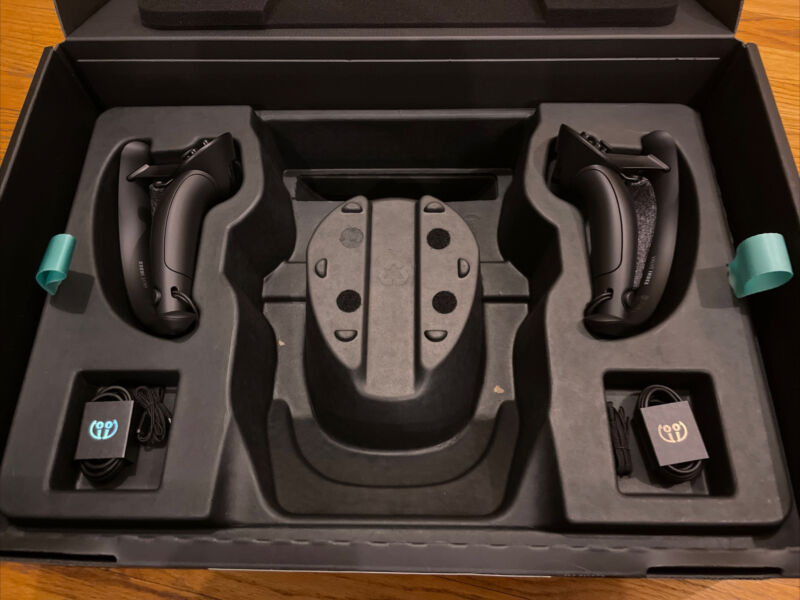 2 NEW Open Box Steam Valve Index VR Controllers Knuckles 🚀SHIPS WORLDWIDE🚀