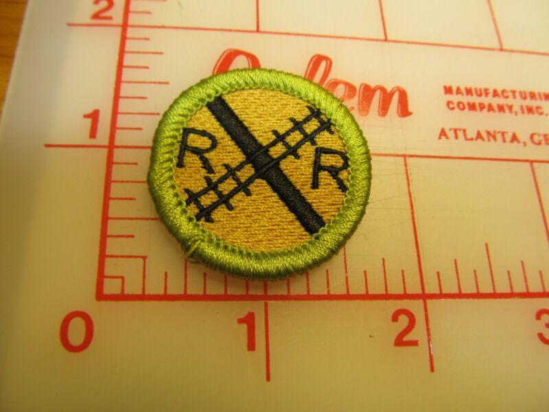 BSA 2010 backed RAILROADING merit badge emblem patch (rU)