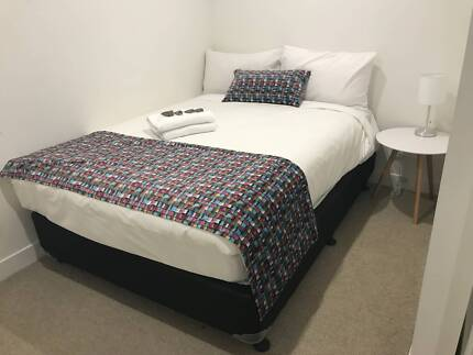 Fully Furnished 1 Bed. $375 p/w  Inc All Bills - Near Mel Central