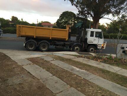 Skip bins Rubbish Removal Earthmoving