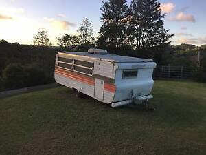 1980 Viscount Pop Top 16ft Caravan - $2,800 or ONO Kin Kin Noosa Area Preview