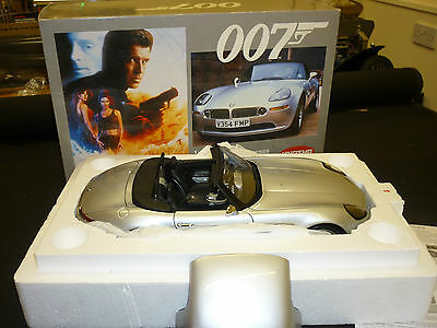 A Danbury mint, James Bond's  BMW Z8, with a display case. for sale  Ilkley